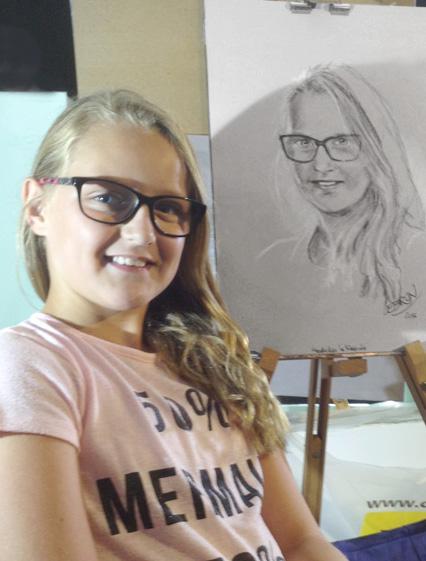 Justine  - Portrait sur le vif au fusain