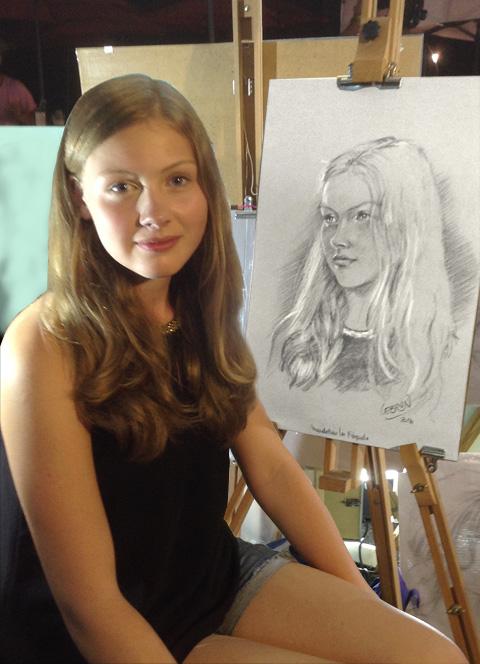 Laura - Portrait sur le vif au fusain